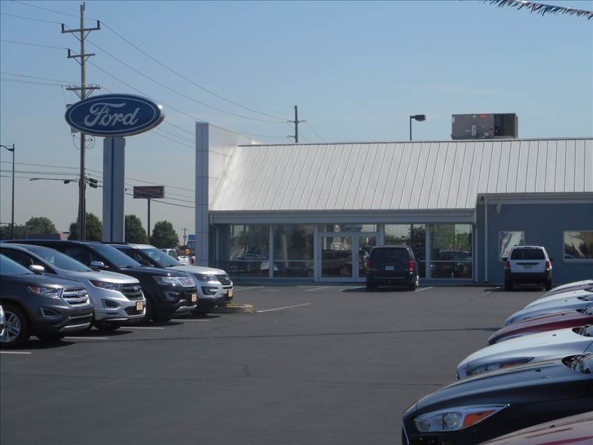 Lewis And Clark Ford >> Carriage Ford In Clarksville In 47129 Auto Body Shops Carwise Com
