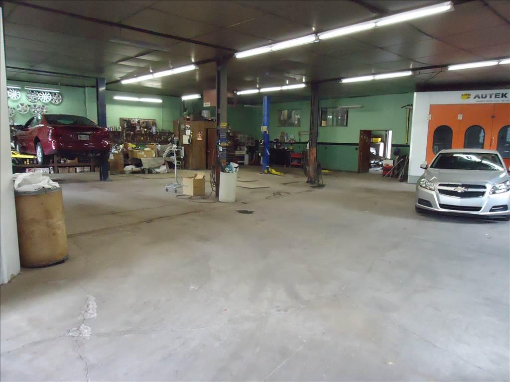 Bob'S Auto Center >> Bob S Auto Center In Nanticoke Pa 18634 Auto Body Shops