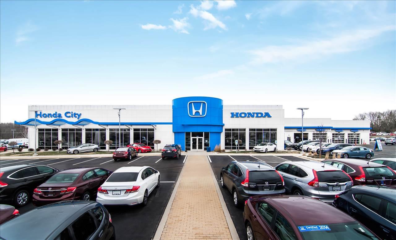 Honda City Milwaukee >> Schlossmann Honda City In Milwaukee Wi 53227 Auto Body Shops