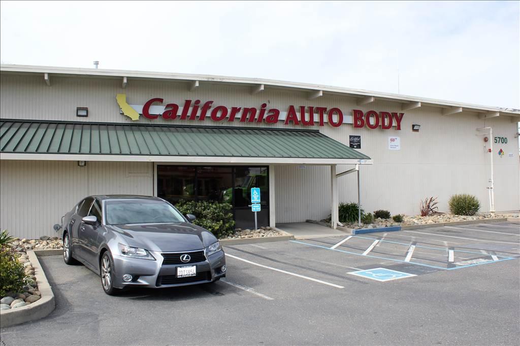 Auto Body Shops >> California Auto Body South In Sacramento Ca 95824 Auto