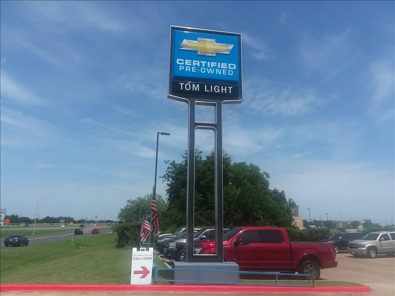 demontrond collision center in bryan tx 77802 auto body shops carwise com bryan tx 77802 auto body shops