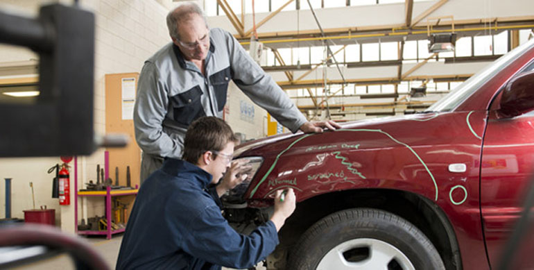 how much do auto body shop owners make