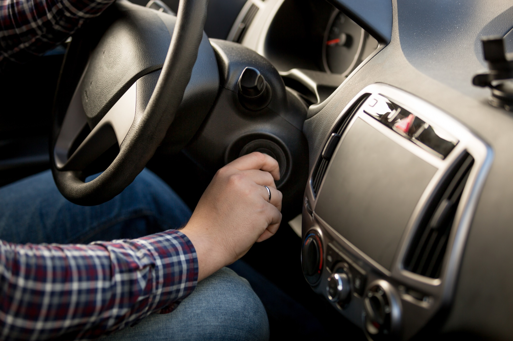 Common Reasons Why your Car May Not be Starting - Auto Body