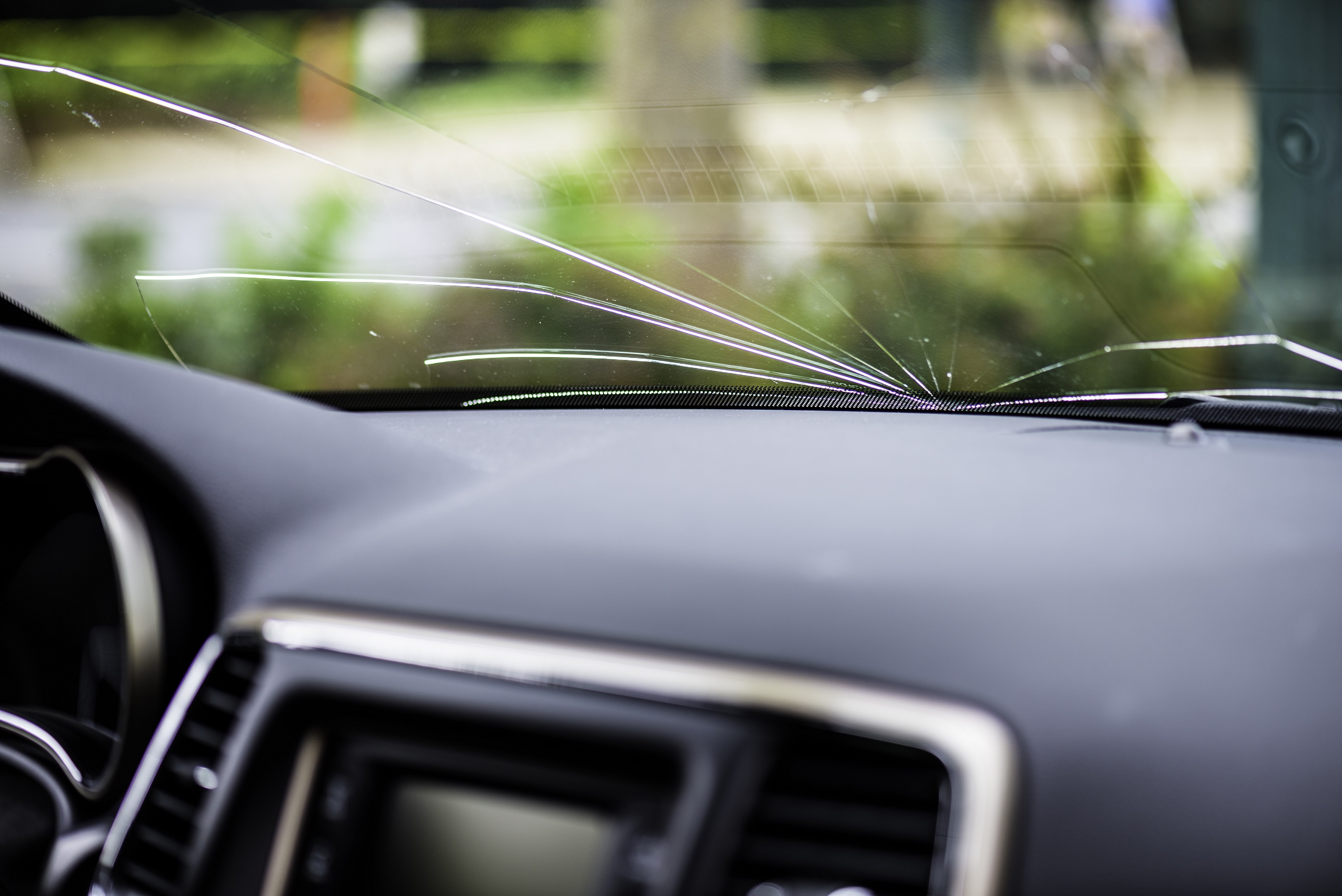 Windshield Crack Repair And Replacement