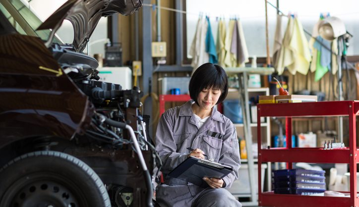 Collision Repair Shops Near Me >> Don T Be Fooled By These 4 Collision Repair Myths Auto Body Shop