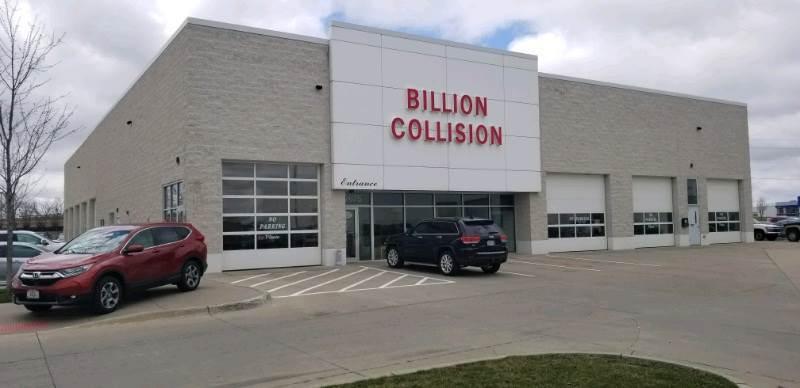 Auto Body Shop matching kahler collision center inc near Coralville ...
